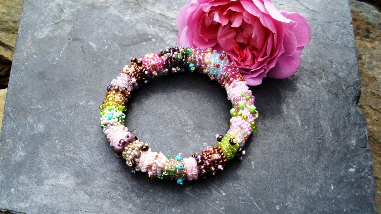 "Armband "" Little Rose """