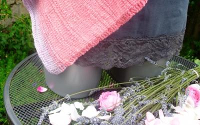"""Poncho """" Rosenblüten und Lavendel """""""