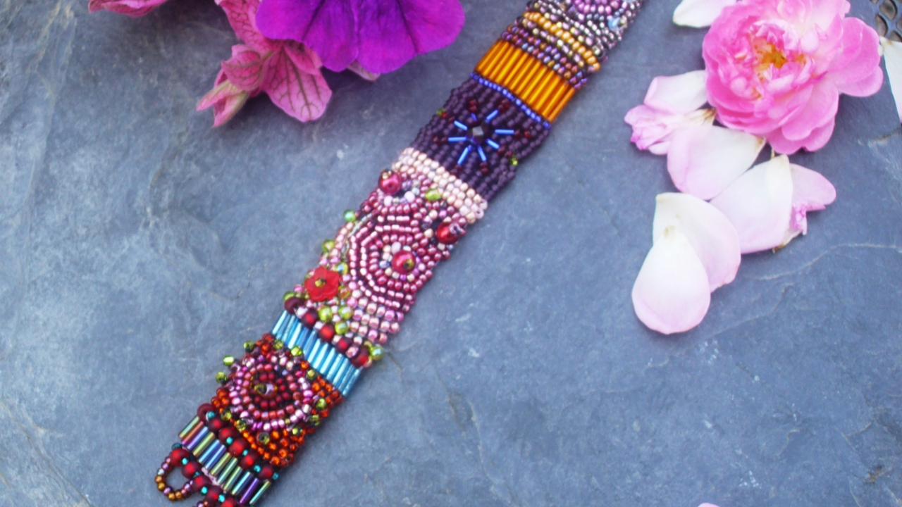 """Armband """" Blüten des Sommers """""""